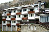 Chairski ezera hut Rhodopes mountain